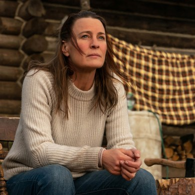 'LAND' Review: Robin Wright Goes Into The Wild In Stirring Directorial Debut [Sundance 2021]