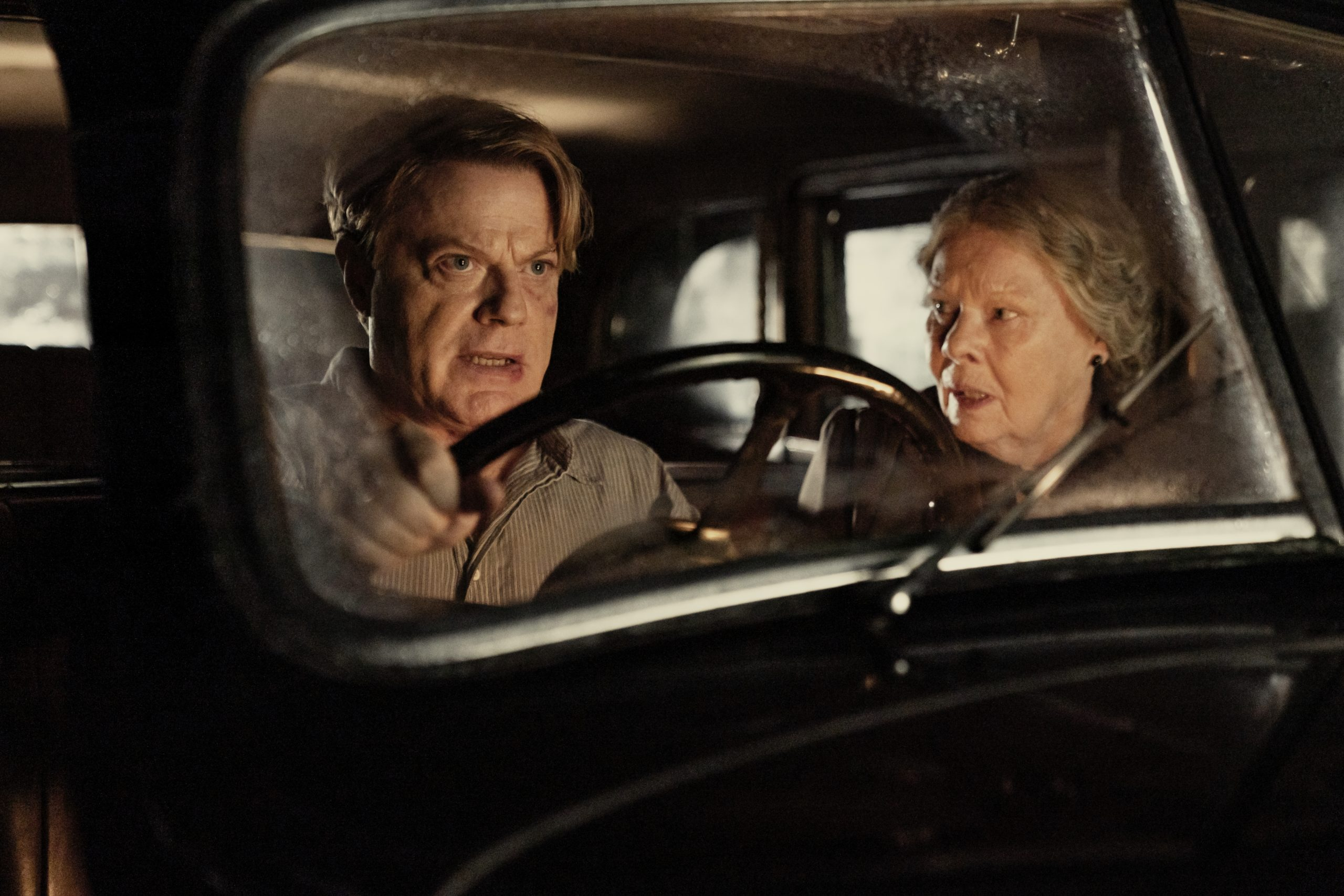 [Review] 'SIX MINUTES TO MIDNIGHT' – Izzard throws herself into the role of a spy in tense war-time thriller
