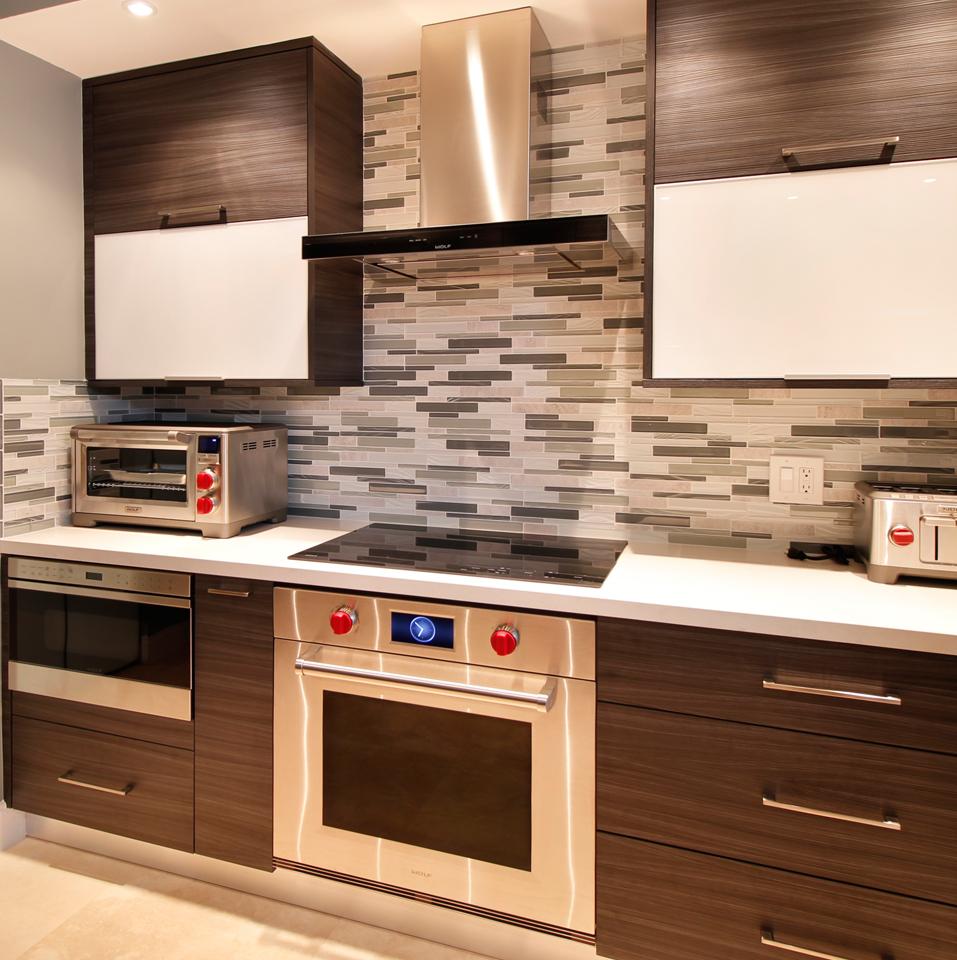 Modern Brown Kitchen