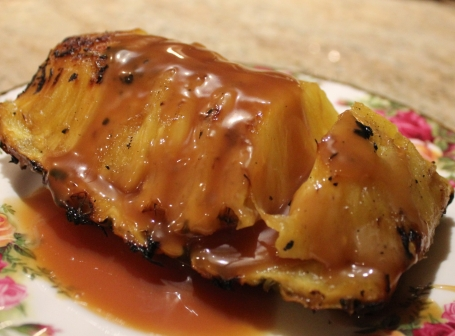 Grilled Pineapple with Caramel Sauce from FreshFoodinaFlash.com
