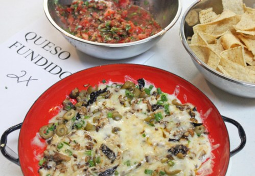 Queso Fundido = Fun Party Dip
