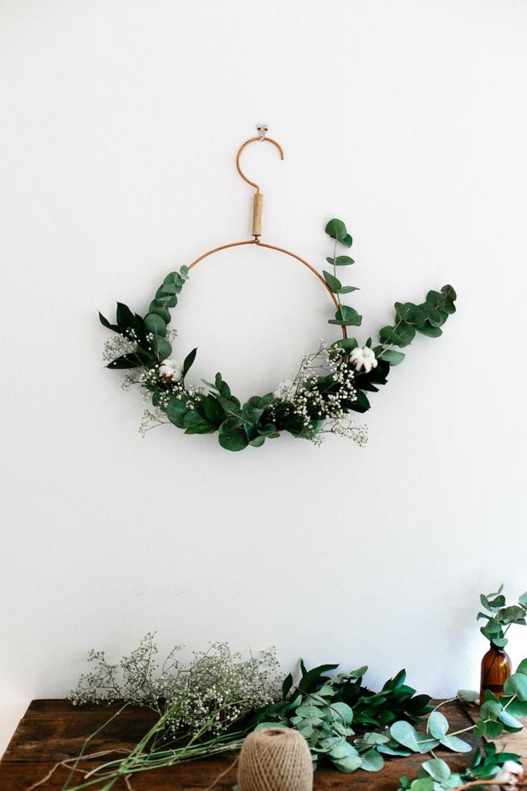 So können Sie einen Weihnachtskranz selber basteln - 50 Ideen