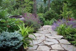 Möchten Sie eine modernen Naturgarten anlegen Das macht ...