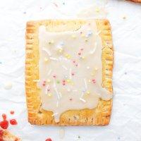Homemade Strawberry Pop-Tarts! (paleo & easily vegan)