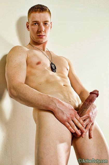 Marine Connor Hung Jerk-Off Session