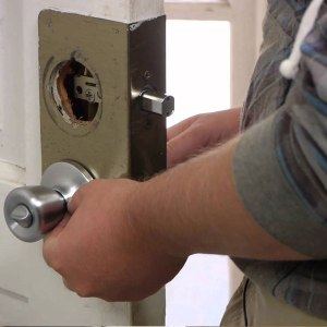 professional locksmith Woodhaven NY