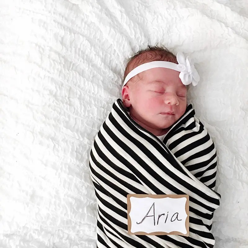 Welcome to the world, baby Aria Lee Blue!!