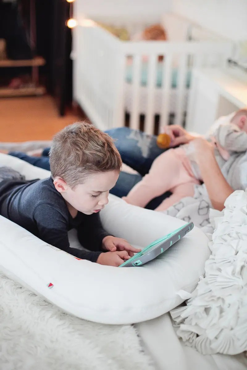 Create the Ultimate Morning Routine That Gets Results + a Free Worksheet. I love my mornings with my kiddos, these cuddles are the best!