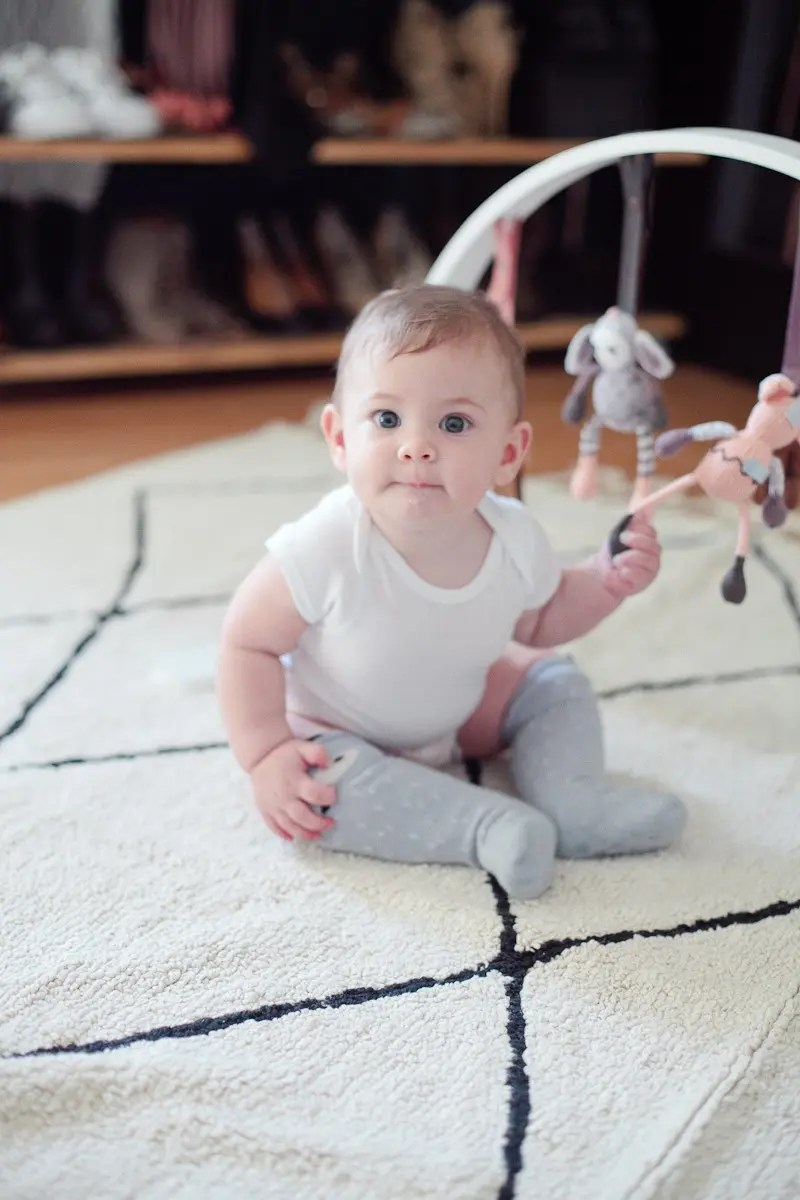 Gift Guide for the New Mom including this Finn + Emma play gym that Aria loves!