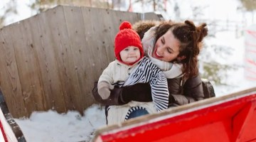 A Blue Winter Tour to Montreal and the snowy mountains and Village du Père Noël! Family travel tips.