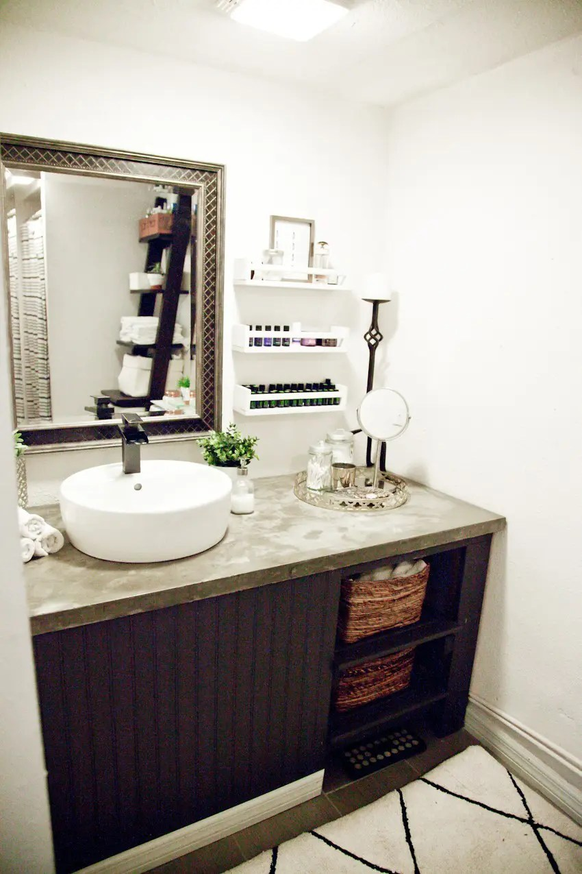 Our light and bright simple studio bathroom remodel: A Before and After. Taking it from a big mess to a clean, modern bathroom space.