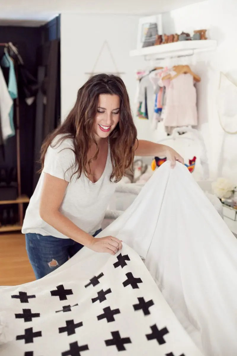The Sleep Deprived Mom's Guide to Cleaning in Her Sleep! 5 tips to help you keep a presentable home with minimal effort.
