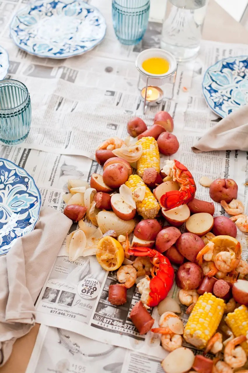 Host a seafood boil for the perfect outdoor entertaining! It's easier than you think... tips from a first-timer! Summer grilling and outdoor entertaining made easy!