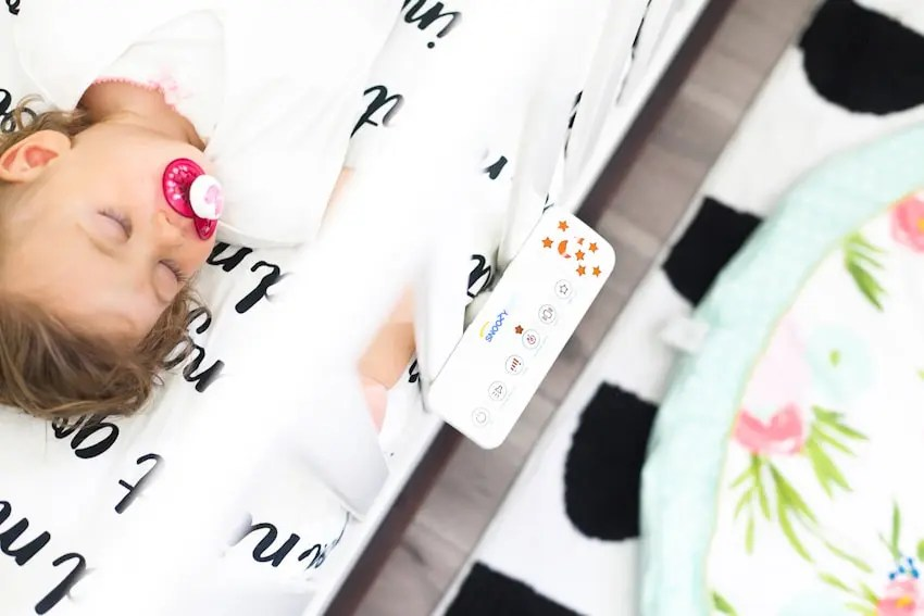 Top safe sleep tips and routines to help baby sleep, from bassinet to crib. Practices that help to get kids to sleep and give us as parents peace of mind from a mom of four!