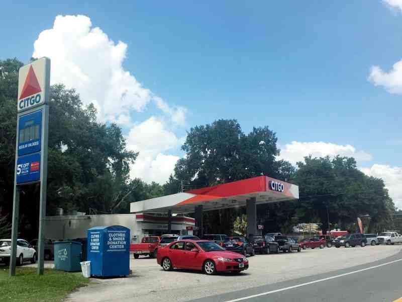 Florida gas station hurricane irene