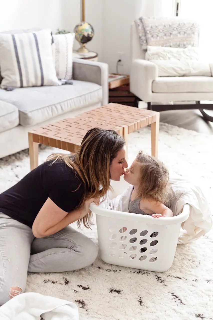 7 Useful House Cleaning Tips That You Need to Know! Spring cleaning hacks, tricks and clean home tips that your kids can help with from popular Florida lifestyle, travel and mommy blogger Tabitha Blue of Fresh Mommy Blog