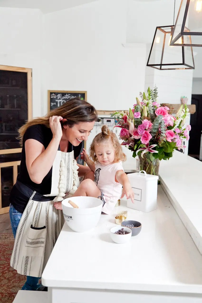 Thoughtful Mother's Day gifts to make mom feel special, even when you're short on time. - Thoughtful Mother's Day Gifts featured by popular Florida lifestyle blogger, Fresh Mommy Blog