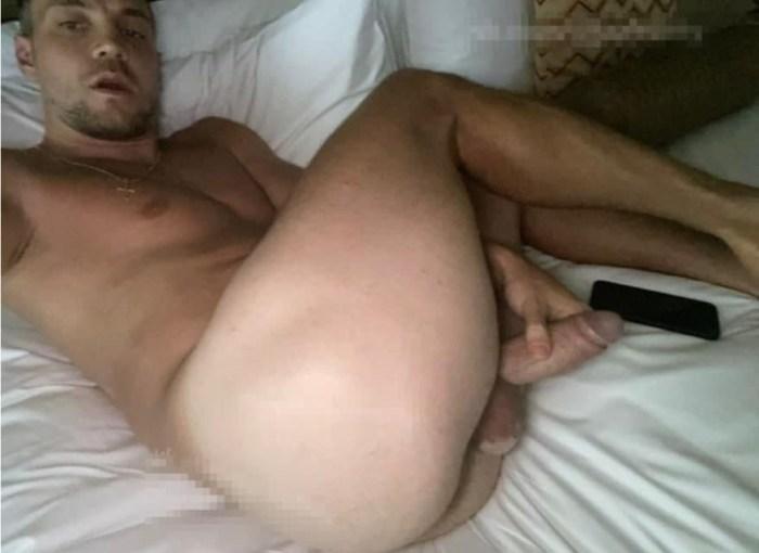слив дзюба мастурбирует видео