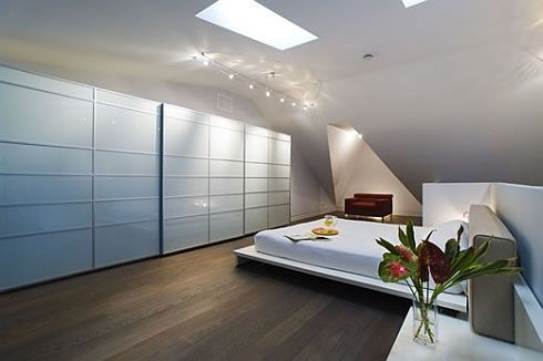 beverly house modern minimalist design 4 Beverly House in Toronto Has a Modern Minimalist Interior