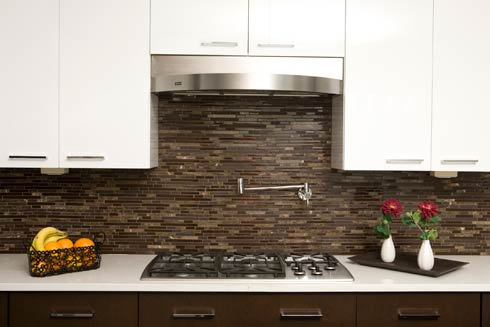 brownglass Decorating with Brown Glass Tile: High End Style for Both Husband and Wife
