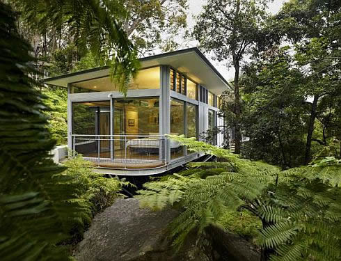 luxury tree house 1 Contemporary Glass House in Sydney, Australia
