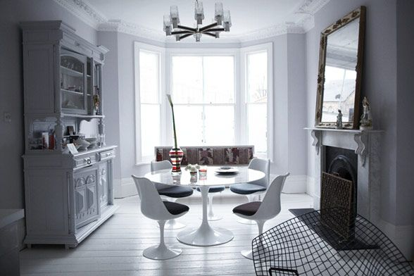 London House Blends Contemporary and Classic 8