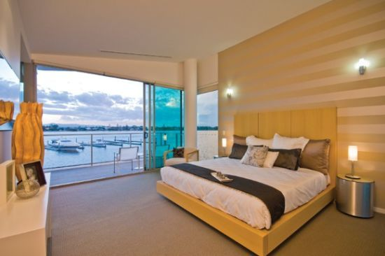 Luxurious Riverfront Apartment 2