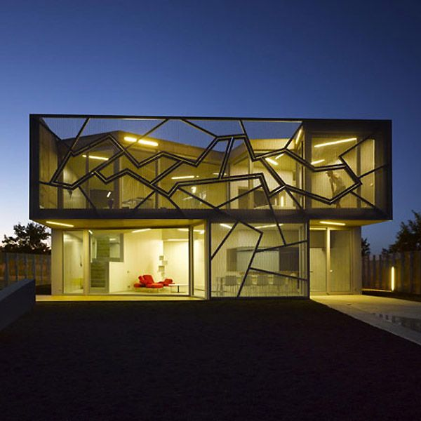 Casa Zafra 1 The Geometric Home on a Golf Course: Zafra Uceda