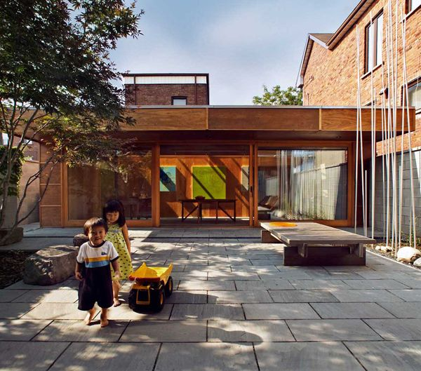 Courtyard Architecture by Studio Junction 4