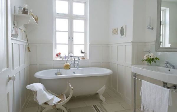 London House With a French Style Interior 13