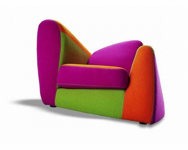 SYMBOL FUXIA FRONTALE BASSO Symbol, an Armchair With a Colorful Design