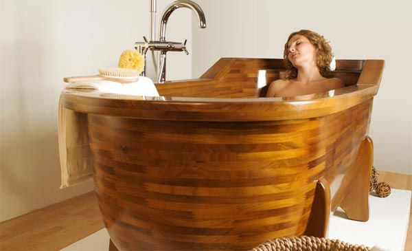wood bathtub4 Wood Made Bathtubs by Stolis Turn Your Bathroom Into a Spa