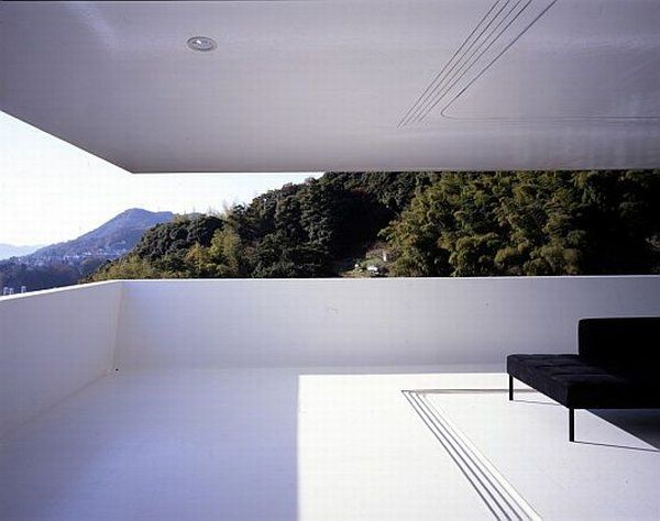 Scenic Mansion by Suppose Design Office 9 The House Caught Between The Sea And The Mountains