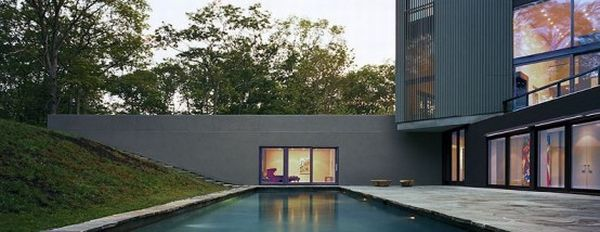 cube house with amazing swimming pool 3 554x214 Embedded in Nature: Cube House in Singapore