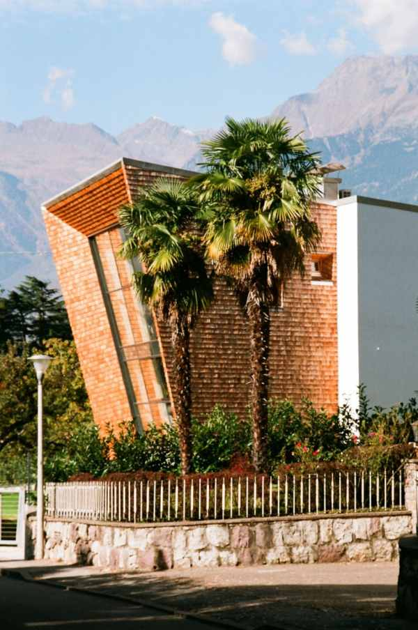 villa san valentino88 Charming Modern House with a Twisted Traditional Exterior