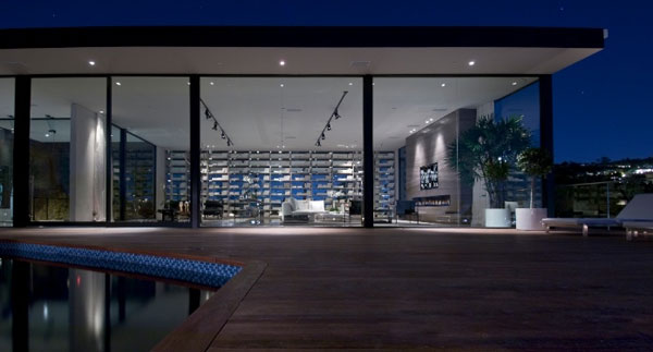 steve hermann234577115911 Spectacular Beverly Hills Residence, a Showcase of Modern Living