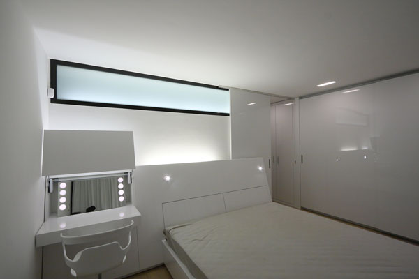 1282928673 14 master bedroom night1 Unusual Looking Residence in Slovakia : Dom Zlomu
