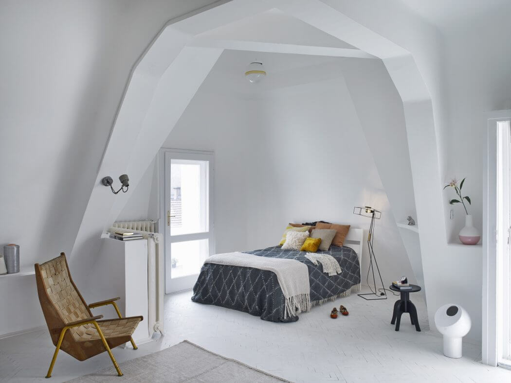 10 Small Bedroom Ideas That Are Big In Style