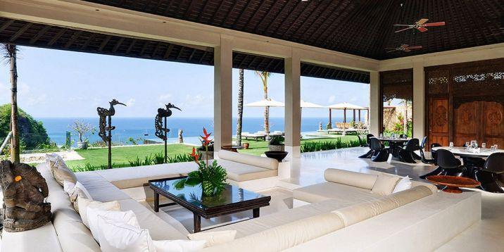 Outdoor Living Space Design Idea