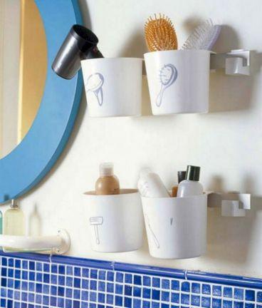 Small Bathroom Storage Idea