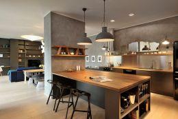 Apartment Kitchen With Breakfast Bar