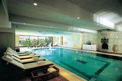 Beautiful Indoor Swimming Pool Design