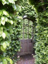 Best Secret Gardens Ideas 9