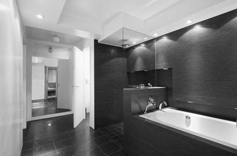 Black And White Bathroom Tile Design