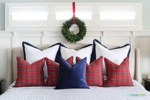 Awesome Christmas Bedroom Design 26