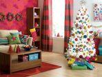 Modern Living Room Christmas Decorating Idea