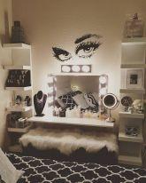 DIY Makeup Vanity Design Ideas 14