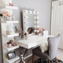 DIY Makeup Vanity Design Ideas 30
