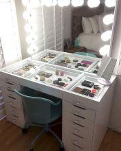 DIY Makeup Vanity Design Ideas 5