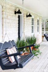 Gorgeous Farmhouse Front Porch Ideas 115